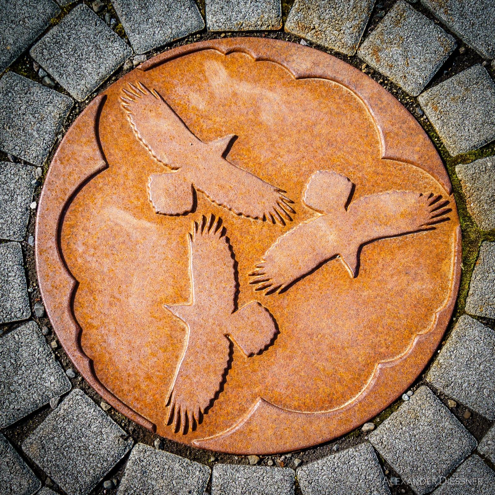 Hrafna Floki Vilgerdarson Denkmal