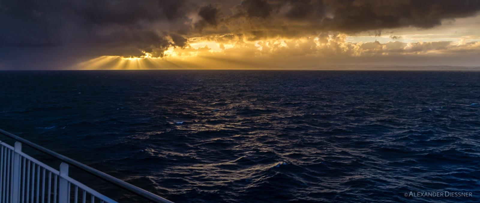 Smyrilline Norröna Sonnenuntergang